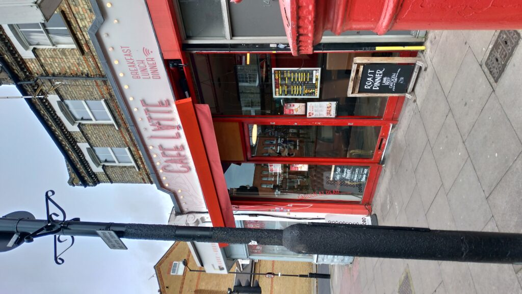Cafe & Latte Highbury